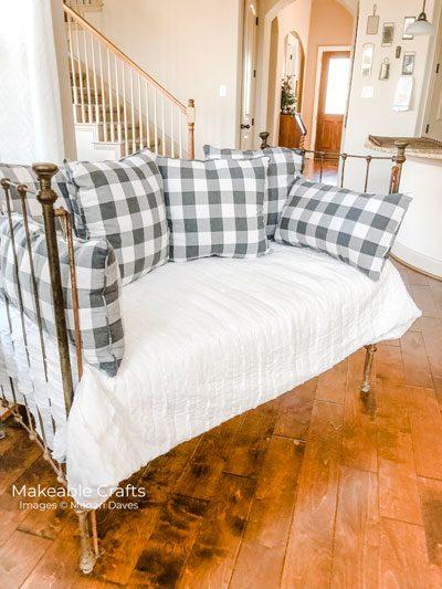 Repurpose a Crib   Decorating