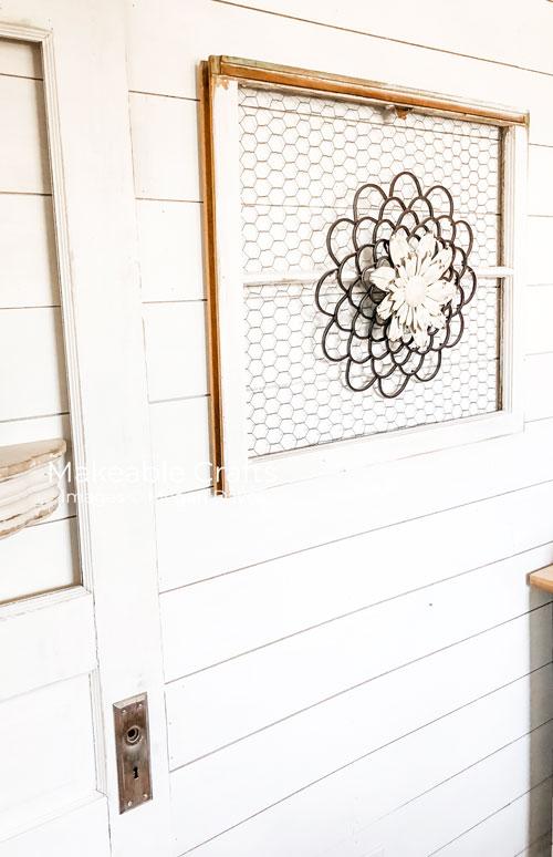 Repurpose Old Windows | Time to decorate