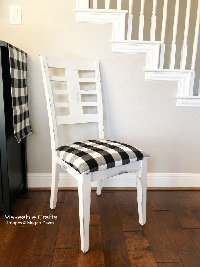 This image has an empty alt attribute; its file name is Finished-Chair.jpg
