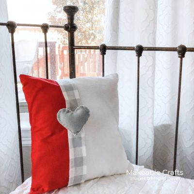 Make This Adorable Envelope Pillow Cover