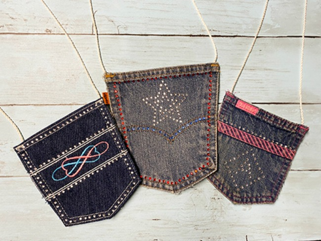 Super cute mini demin purses take recycled crafts to a new level - make 'em and use 'em!