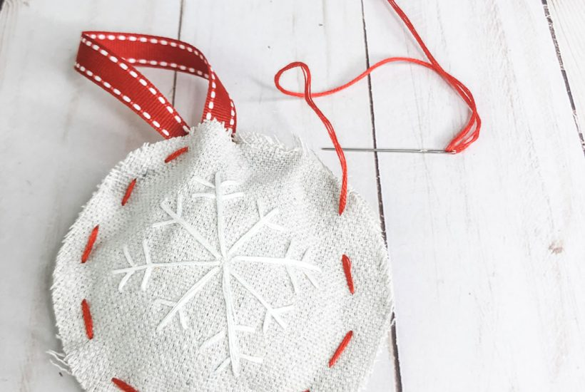 Learn how to make some DIY ornaments that are fast and easy and SUPER cute!